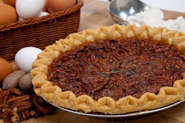 Baking The Perfect Pecan Pie | 12 Tomatoes