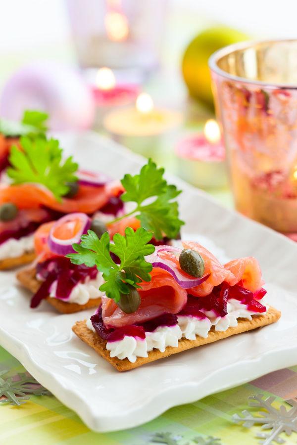 Elegant Hors D Oeuvres Recipe Smoked Salmon Beet Crackers 12