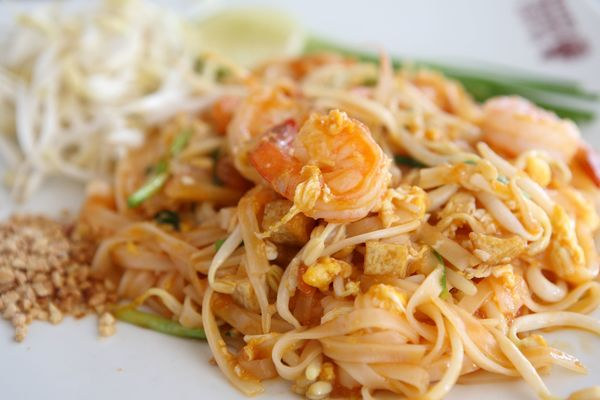 Shrimp Pad Thai 12 Tomatoes