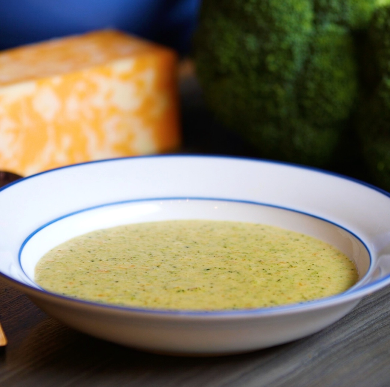 Copycat Panera Bread Broccoli Cheese Soup – 12 Tomatoes
