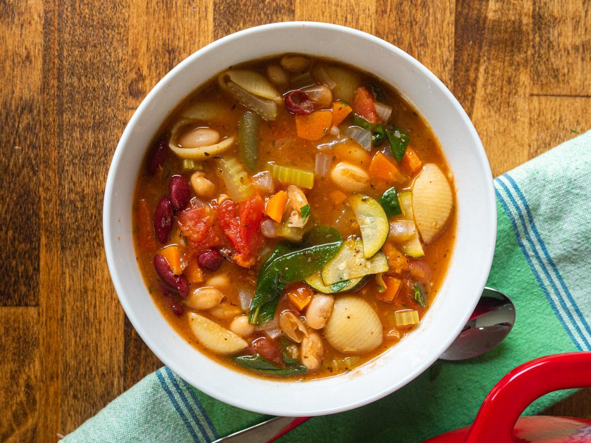 Copycat Olive Garden Minestrone Soup 12 Tomatoes