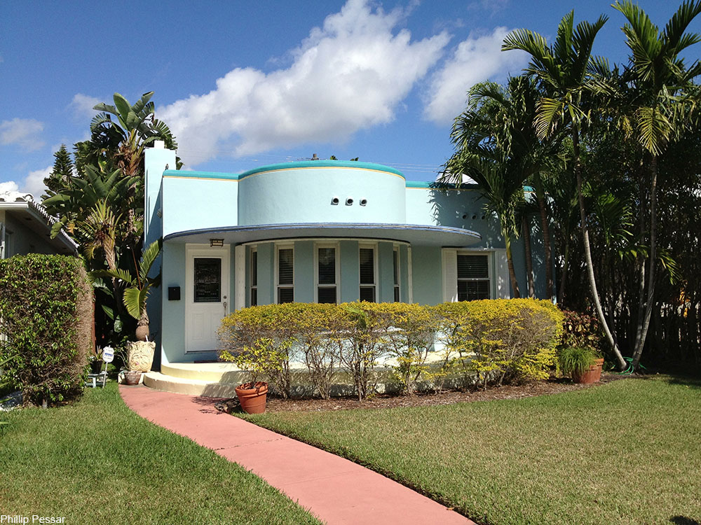 small Art Deco house in Hollywood, Florida