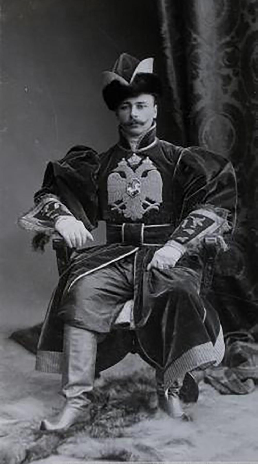 Cornet A.A. Kolubakin at the 1903 Bal