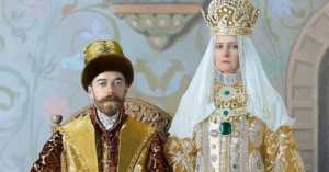 Nicholas II of Russia and Alexandra Fyodorovna dressed up for the 1903 Bal