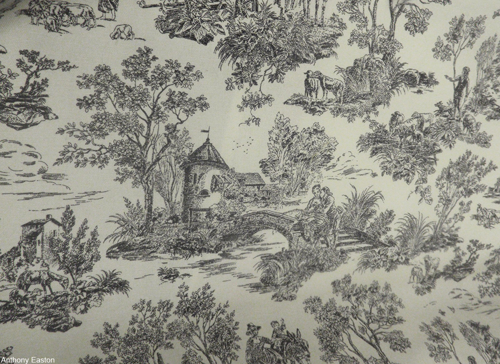 toile wallpaper