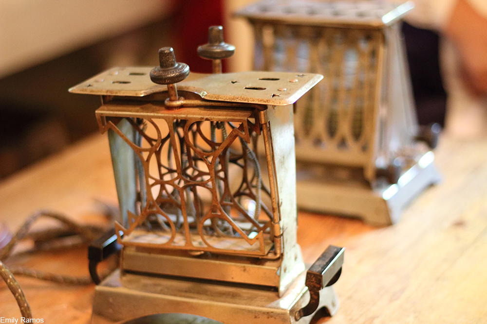 toaster from the Victorian era
