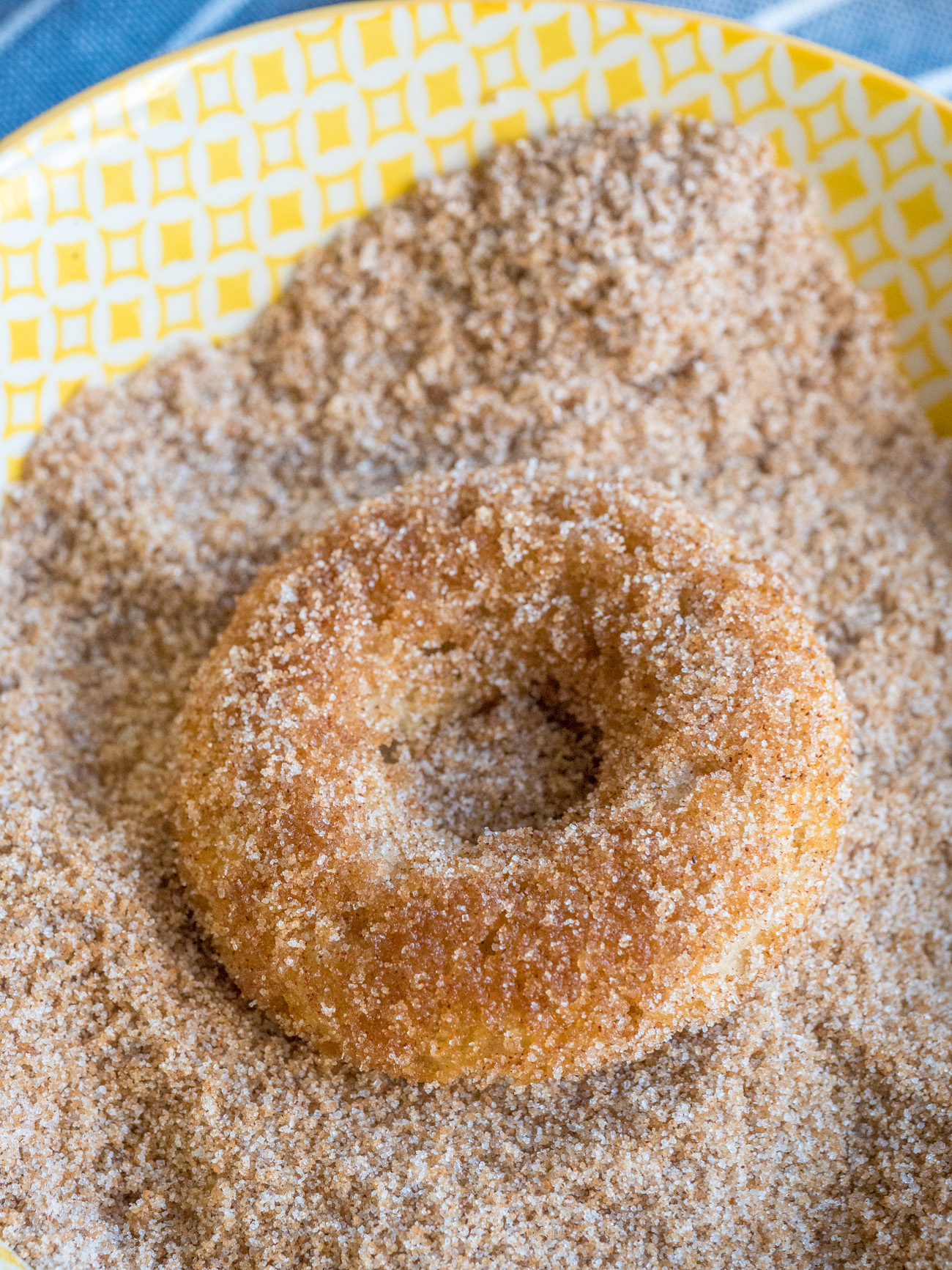 making Baked Churro Donuts