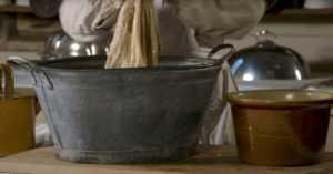 victorian-kitchen-cleaning