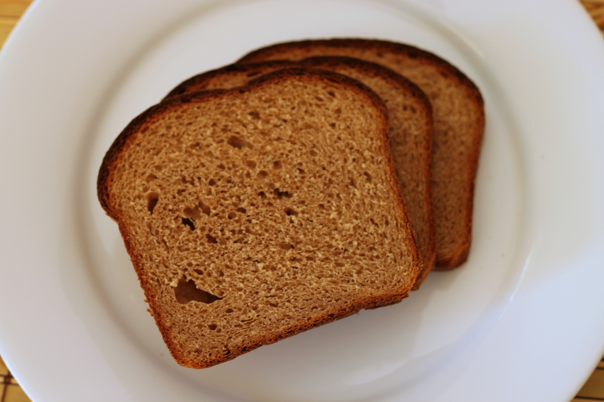 slices of whole wheat bread