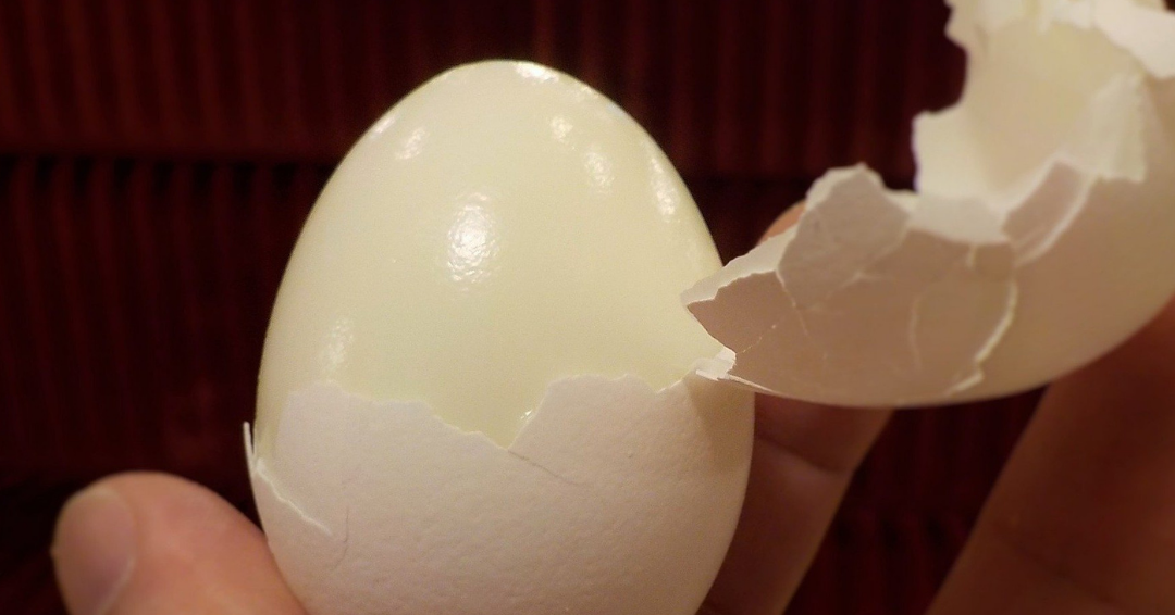 Renowned Chef Shares Hack To Peel Hard Boiled Eggs