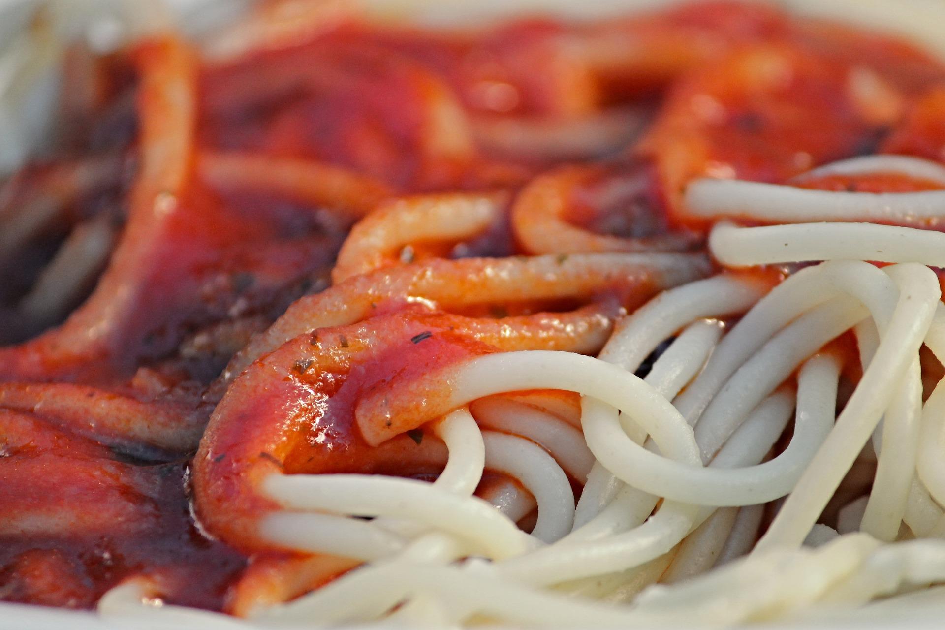 Tomato Sauce and Spaghetti