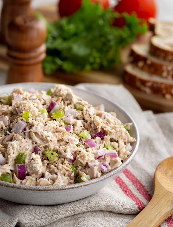 Greek-style tuna salad