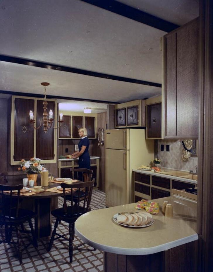 1970s kitchen with tile floor