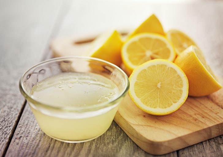 lemons and lemon juice together
