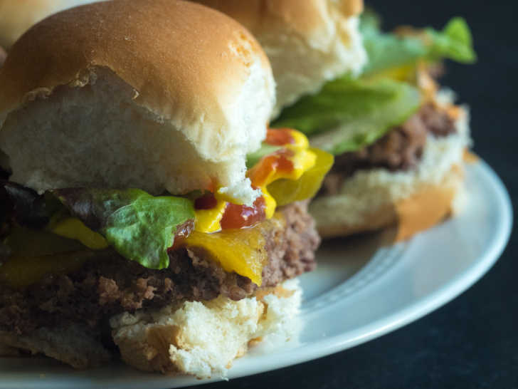 Sheet-Pan-Cheeseburger-Sliders