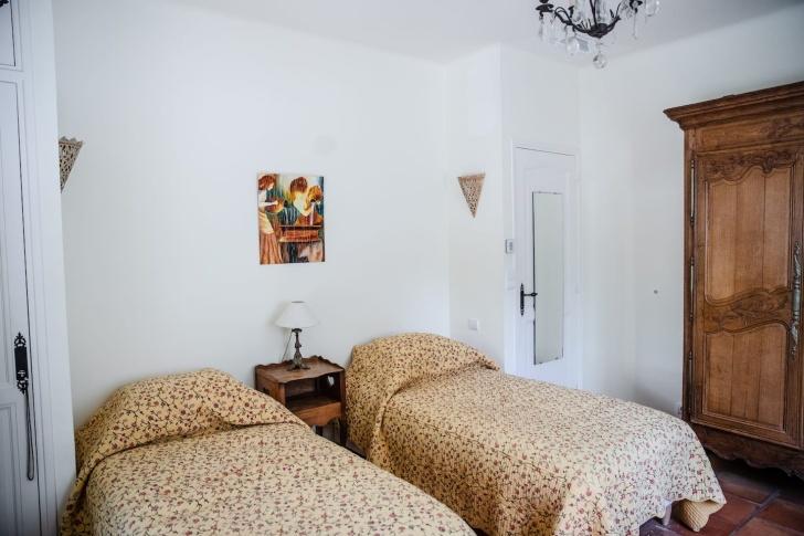 bedroom at La Peetch
