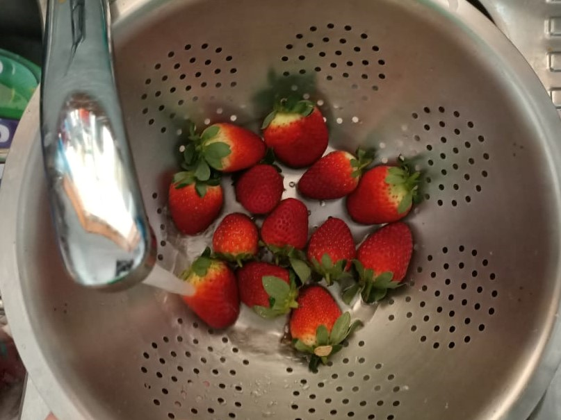 rinsed berries