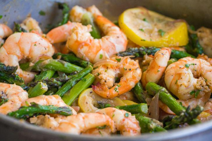 garlic butter shrimp and asparagus