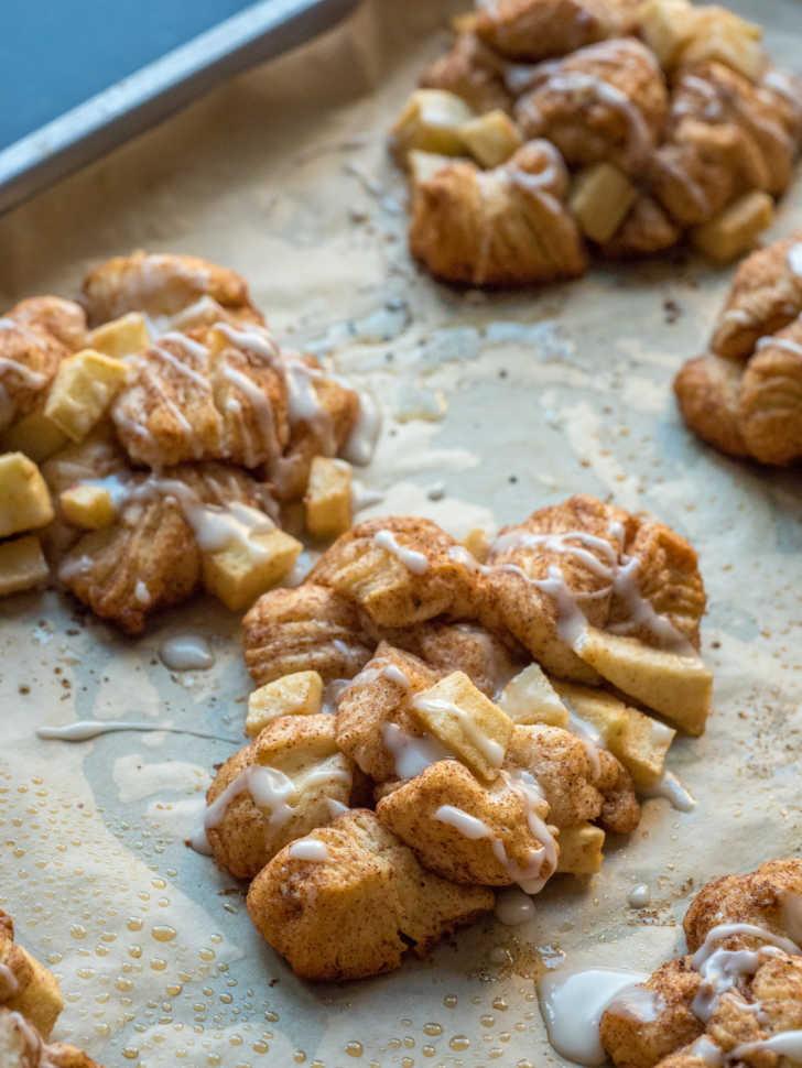 Baked apple fritter