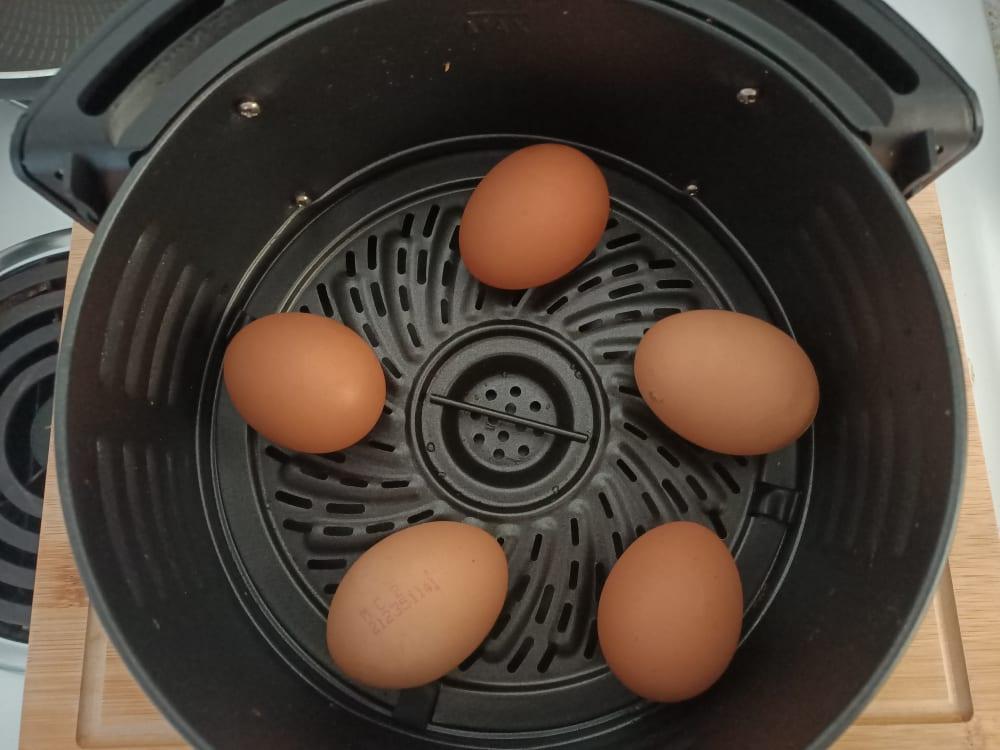 5 eggs in air fryer
