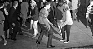 Teens dancing 1960s