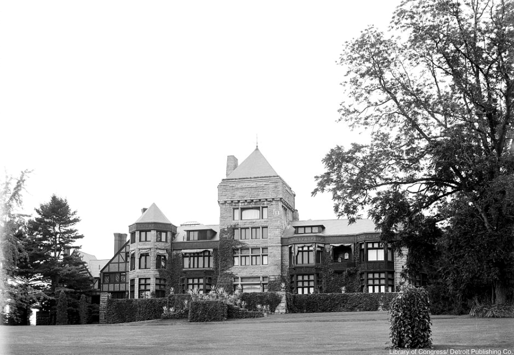 Yaddo Mansion around 1905 after it had been rebuilt.
