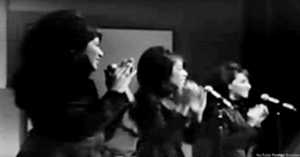"""The Ronettes Perform """"Be My Baby"""""""