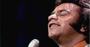 """Johnny Mathis Sings a """"Christmas Song"""" on the Tonight Show"""