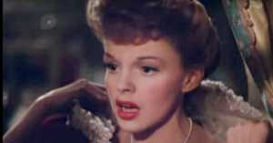 """Judy Garland Sings """"Have Yourself a Merry Little Christmas"""" 1944"""