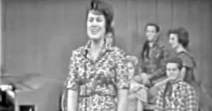 Patsy Cline's Blue Moon of Kentucky Is So Amazing!