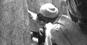 6 Incredibly Rare Photos of the Discovery of King Tut's Tomb