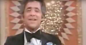 Legendary Comedian Plays Banjo on the Gong Show