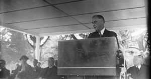FDR's Surprise Campaign Song Became the Anthem for the Great Depression