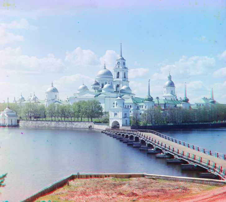 monastery at Lake Seliger, northwest of Moscow