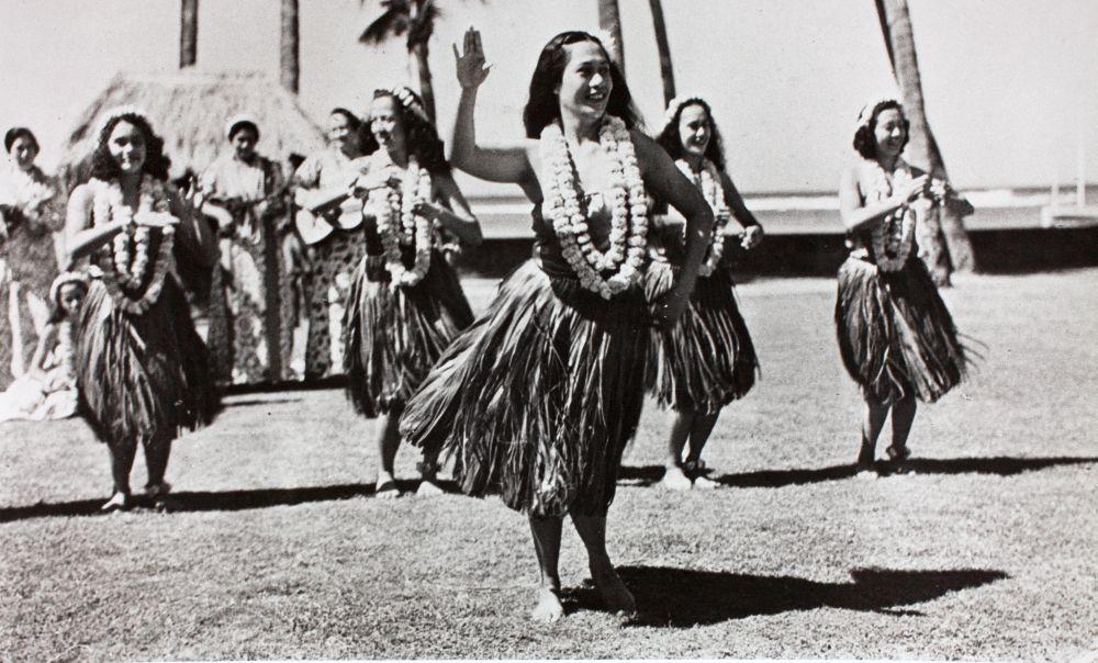 black and white photo of hula dancers in Hawaii