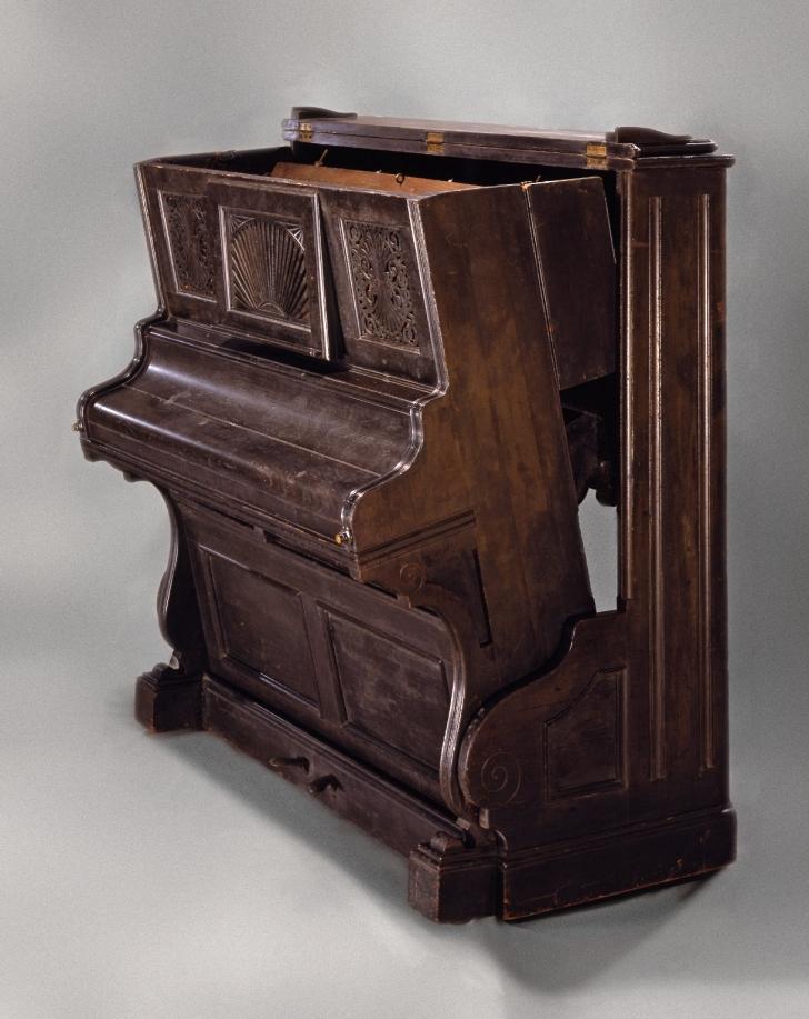 convertible piano bed