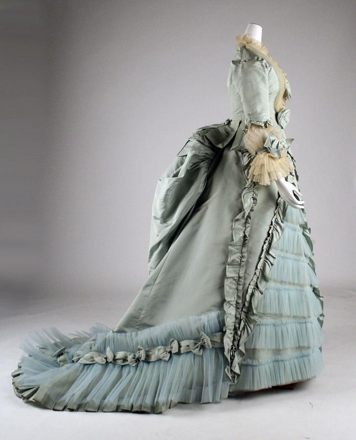 1870s formal dinner dress