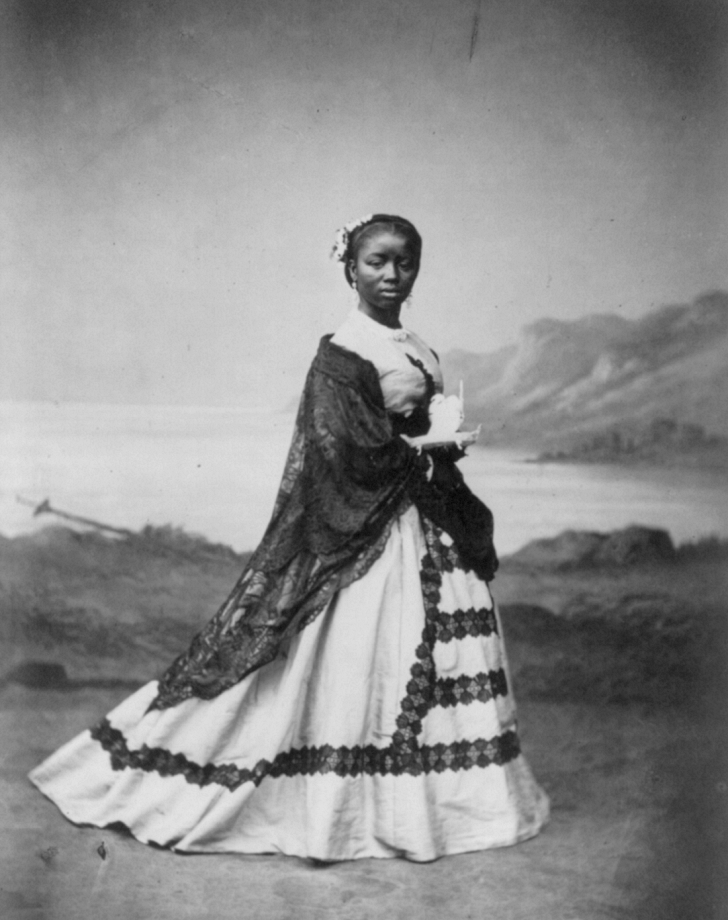 1860s Afro-Peruvian woman holding an incense burner