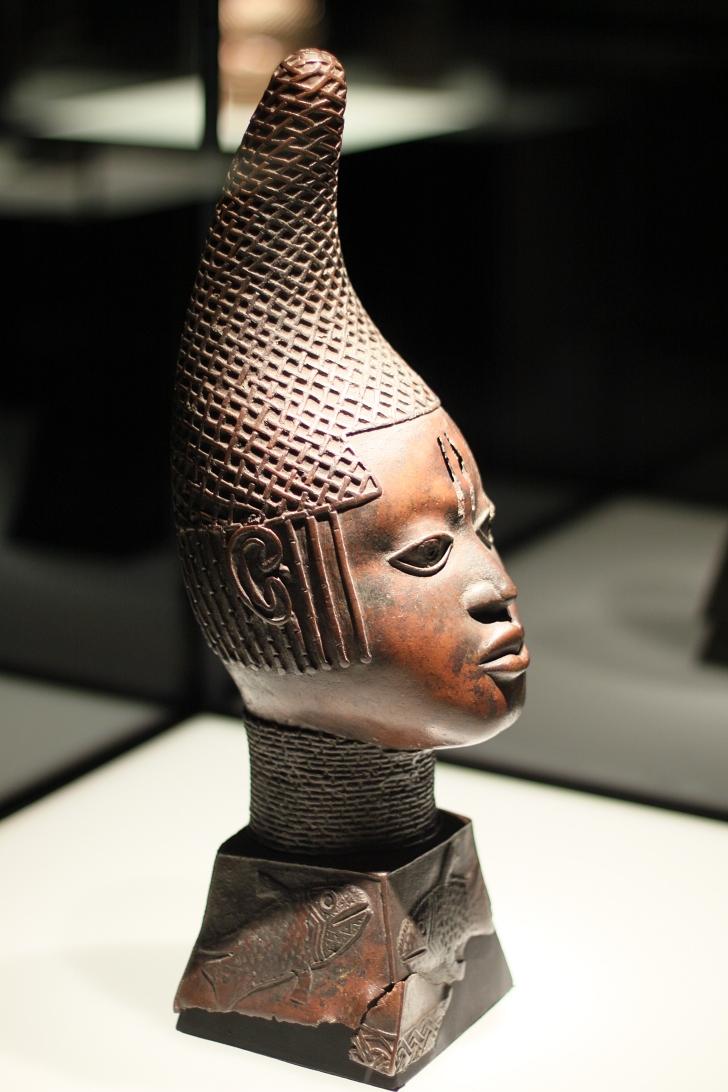 bronze queen bust from the Benin Bronzes in Germany