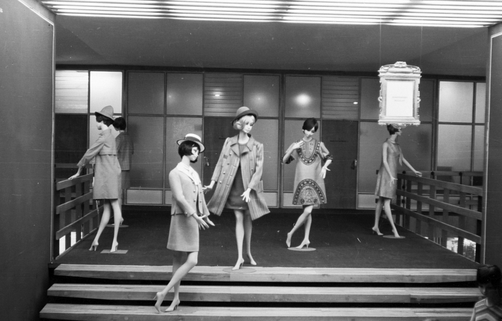 Hungarian fashion dolls from 1966