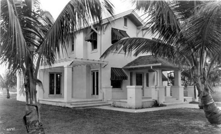 1920s house exterior