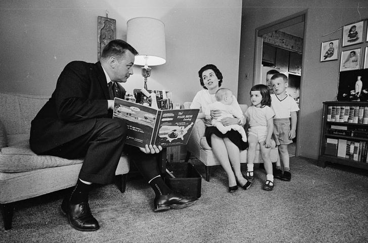 Fuller brush salesman, 1960s