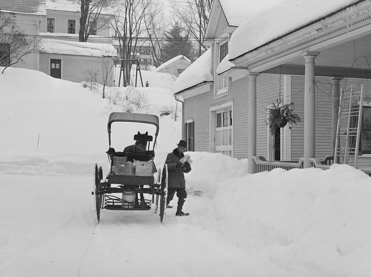 1940s horse and buggy delivery man