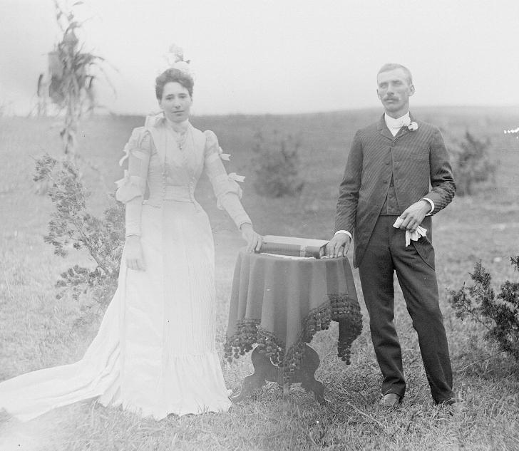 pioneer wedding 1889