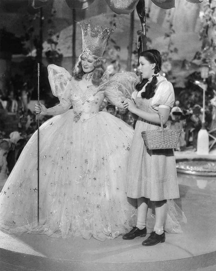 Wizard of Oz promo pic featuring Billie Burke and Judy Garland