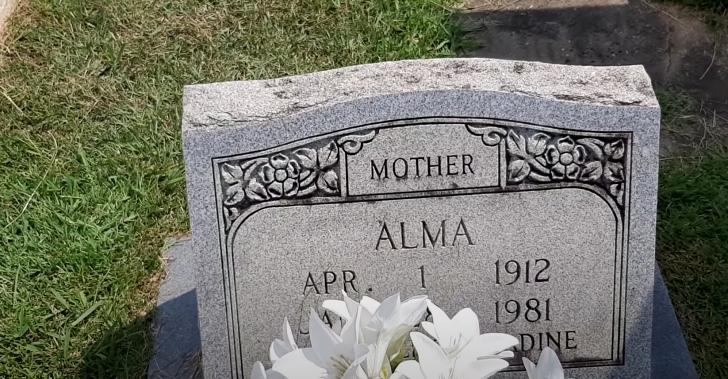 gravestone of Alma Earles