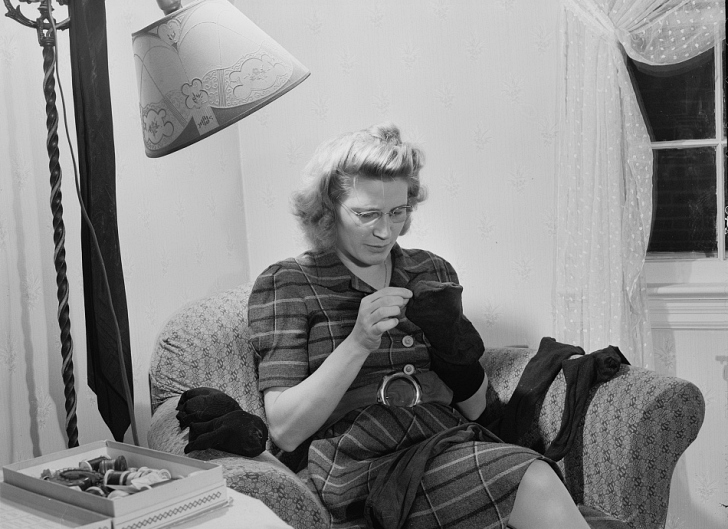 woman sewing late 1940s