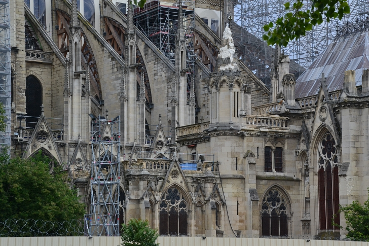 Notre Dame covered in scaffolding