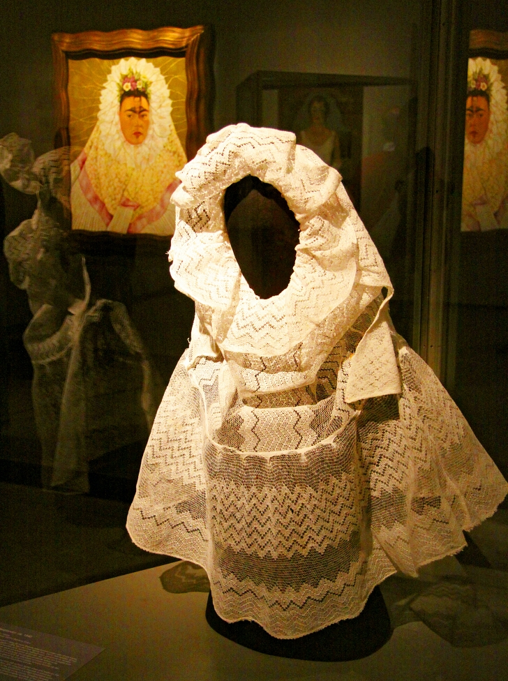 lace veil owned by Frida Kahlo