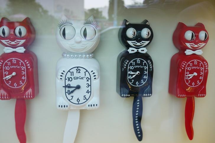 cat clock window display